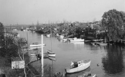 The Canal, November 5, 1946. Taken from Gotham Avenue. Looking toward Gerritsen Avenue and the Belt Parkway.  Photo by John Colombo.